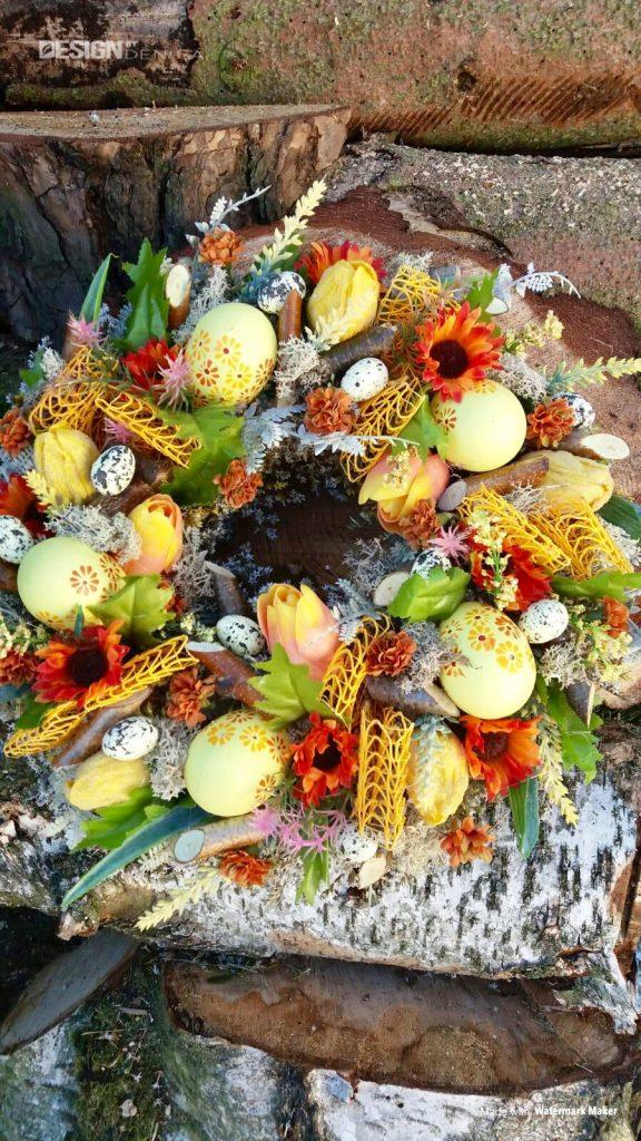 Vázaný velikonoční věnec